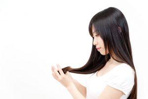 白髪染めが色落ちする原因は何ですか?